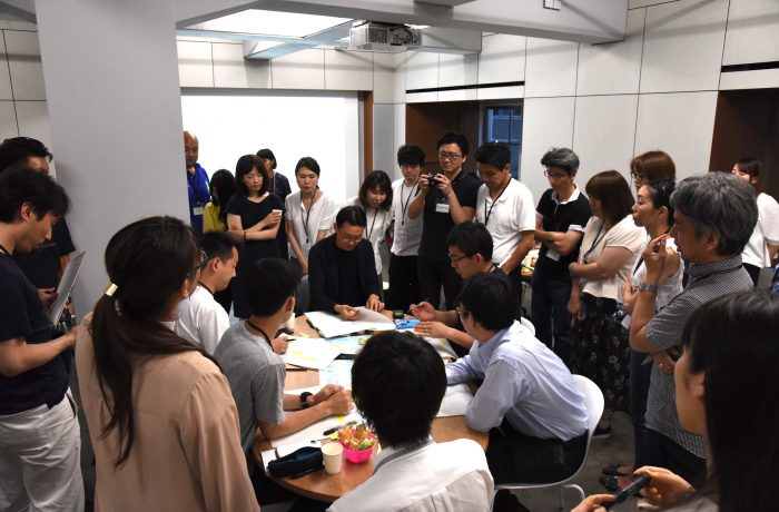 WDA限定研究会「Visual logue - 視覚的対話の手法を探る」(ゲスト・富田誠 さん)